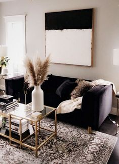 47 Inspirational Modern Living Room Decor Ideas #modernlivingroom #inspirationalmodernlivingroom #modernlivingroomdecor #modernlivingroomideas ⋆ frequence3.org
