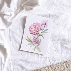 Всем всем хорошего дня!Дарю вам мысленно весну этих цветочковА ещё поздравляю @studio_outfit с их перым Днём Рождения!✨ В честь этого у них сегодня много интересного и,конечно, розыгрыши подарков и сюрпризы