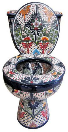 "Mexican Talavera Toilet Set Bathroom Handcrafted ""San Miguel"" Talavera table and chairs. Urinal Art, Soap Dish For Shower, Toilet Tank Cover, Toilet Art, Bidet, Talavera Pottery, Mexican Art, Oeuvre D'art, Cool Stuff"