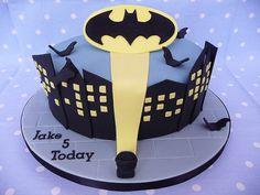 Batman Cake Decorations Uk : 1000+ images about Batman party on Pinterest Batman ...