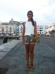mimiradalmundo Ibiza Outfit, Zara   www.mimiradalmundo.com Ibiza Outfits, Boho Shorts, Zara, Summer, Women, Fashion, Moda, Summer Time, Fashion Styles