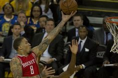 Forward Michael Beasley is headed for a sixth NBA team, as he agreed to sign with the New York Knicks on Tuesday.