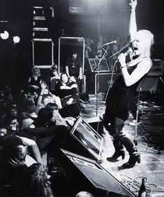Debbie Harry of Blondie in Paradiso, Amsterdam, November 1977. Photo by Gie Knaeps Uk Charts, Blondie Debbie Harry, Amsterdam Netherlands, Alternative Music, American Singers, Blondies, Concert, November, Pictures