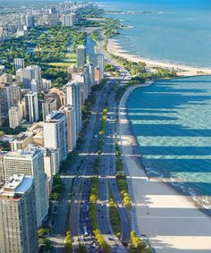 Lake Shore Drive, Chicago.                                                                                                                                                                                 More