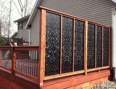 Want garden fence ideas with garden art ideas? If you'd like specific ideas for privacy fences, I've got a collection of Marvelous Backyard Privacy Fence Decor Ideas on A Budget. Cheap Privacy Fence, Privacy Fence Designs, Privacy Panels, Outdoor Privacy, Backyard Privacy, Diy Fence, Backyard Fences, Backyard Landscaping, Fence Ideas