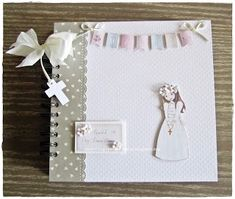 Confirmation Cards, Wedding Hands, Card Organizer, Mini Scrapbook Albums, Handmade Books, First Communion, Diy Art, Diy And Crafts, Birthday Parties