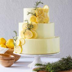 爽やか!レモンのウェディングケーキ☆ Lemon Wedding Cakes, Elegant Wedding Cakes, Cream Wedding, Yellow Wedding, Beautiful Cakes, Amazing Cakes, Custard Cake, Spanish Wedding, Cake Decorating Techniques