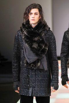 77-Emporio Armani Fall/Winter 2015/2016 Fashion Show