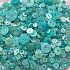 Buttons, buttons and more buttons. Aquamarine ~ Teal ~ Turquoise ~ Beautiful ~ Calming ~ Aqua, I love you so very Tiffany Blue, Azul Tiffany, Button Art, Button Crafts, Shades Of Turquoise, Shades Of Blue, Love Blue, Teal Blue, Blue Green