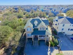 756 Crown Point Circle, Corolla, NC - Beautiful inside & out but no pool?