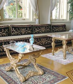 Beautiful historical home and room decor