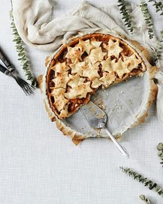Apple & pear pie with salted caramel. Apple Pear Pie, Shortcrust Pastry, Homemade Pie, Dessert Recipes, Desserts, Custard, Tart, Caramel, Dishes