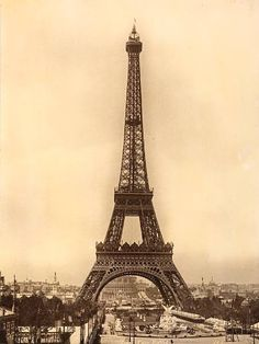 la tour eiffel-- i WILL see this one day!!