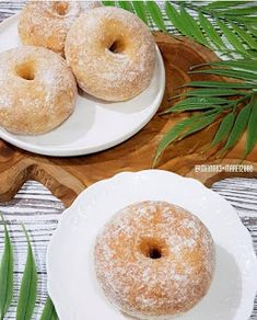 Resep Donat Kentang NCC By @meina83 Donut Recipes, Bread Recipes, Cake Recipes, Cooking Recipes, Roti Bread, Pork Bacon, Japanese Cheesecake, Asian Desserts, Indonesian Food