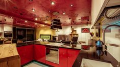 Showroom, Kitchen Island, Home Decor, Island Kitchen, Decoration Home, Room Decor, Home Interior Design, Fashion Showroom, Home Decoration