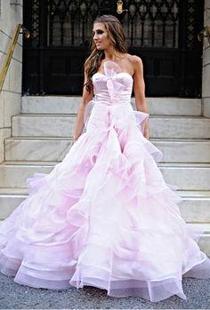 #pink #wedding #gown #dress #bridalgown #weddinggown #weddingdress