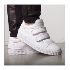 Official footwear page of the luxury sneaker and garment designer brand SUSUDIO. Branding Design, Adidas Sneakers, Footwear, Collections, Luxury, Fashion, Moda, Shoe, Brand Design