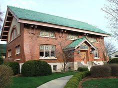 Eckhart Public Library in Auburn, Indiana; Craftsman architecture is one of my favorite architectural styles