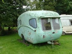 Tiny trailer meets 50s spaceship 1957 Caravan - one of five in existance [source]