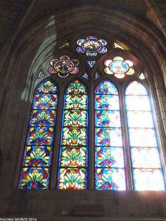 Catedral de León. Preciosa vidriera. Leon Cathedral. magnificent stained glass windows