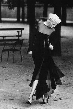 1995-96 - Nadja Auermann in Gianfranco Ferre 4 DIor Couture by Patrick Demarchelier 4 Vogue