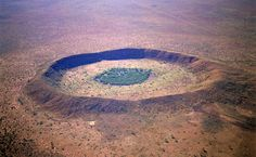 The Wolfe Creek crater in Western Australia is the best known meteorite crater in Australia. (Image: Dick and Pip Smith)