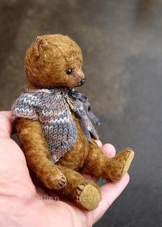 Indie miniatuur bruin Mohair kunstenaar teddybeer door aerlinnbears