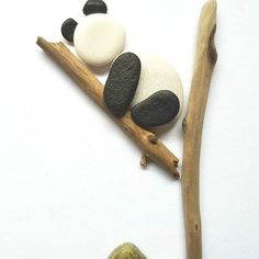 #kieselkunst #steine #kieselsteine #kiesel #stones #pebbles #pebblesart #tamikra #selfmade #kreativ #creativ #Familie #Geschenk #Steinkunst #artwork #artoftheday #art #kunst #Ostsee #Rhein #panda #cute #pandababy #pandaman #pandalove #pandabear #pandalife #pandaworld #pandathings #pandavibes @pandabearpassion