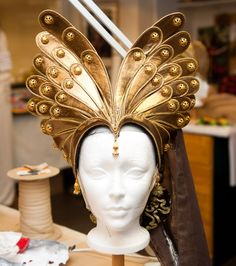 Headpiece of art
