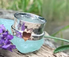 Sterling silver hamm Sterling silver hammered spinner ring with copper heart. LillyAlexandra Hand Made Silver Jewellery Etsy Handmade, Handmade Jewelry, Handmade Gifts, Handmade Items, Etsy Jewelry, Handmade Silver, Jewelry Gifts, Unique Gifts, Leaf Jewelry