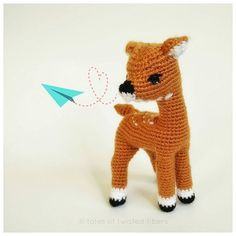 It's been forever since I last followed instructions to make an amigurumi. So I decided to rectify this situation last night and followed this pattern by @stuffthebody to make this lovely deer. The pattern is fabulous! The construction is seamless with hardly anything to sew, which is perfect for those who don't like sewing a lot of doll parts together. Though the pattern might be a bit challenging for new crocheters, it's an absolute delight for those who have been making amigurumi for a…