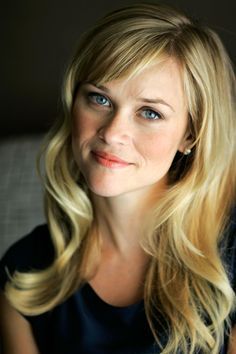 New Hair Bangs Side Swept Reese Witherspoon Ideas What Haircut Should I Get, Heart Shaped Face Hairstyles, Hair Heart Shaped Face, Make Up Gesicht, Hairstyles With Bangs, Bangs Hairstyle, Long Haircuts, Braided Hairstyles, Wedding Hairstyles
