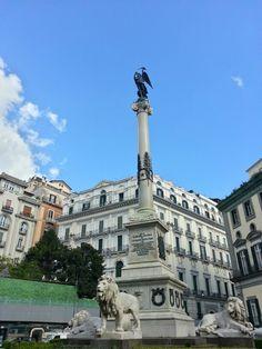 Napoli - Piazza dei Martiri