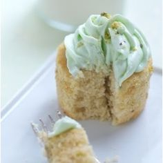 Pistachio and White Chocolate Cupcakes