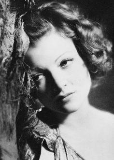Myrna Loy                                                       …