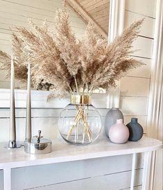 The Largest Pampas Grass Company online Home Living Room, Living Room Decor, Bedroom Decor, Grass Decor, Aesthetic Room Decor, Home Decor Inspiration, Decor Ideas, Home Interior Design, House Design
