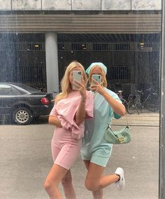 Mode Indie, Mode Hipster, Matching Outfits Best Friend, Best Friend Outfits, Mode Outfits, Girl Outfits, Fashion Outfits, Best Friends Shoot, Looks Pinterest