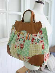 no 229 The Scarlett Bag