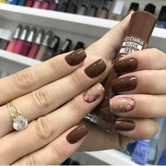 Squoval nails are same as square nails that have oval edges. Explore the trendiest squoval nail designs handpicked just for you. Brown Nail Art, Brown Nails, Toe Nail Color, Fall Nail Colors, Pastel Colors, Square Nail Designs, Nail Art Designs, Nails Design, Uñas Color Cafe