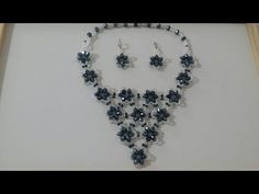 This elegant necklace is created using simple wire techniques. In this video, I . Tutorial Colar, Necklace Tutorial, Diy Necklace, Black Necklace, Crystal Necklace, Seed Bead Tutorials, Beading Tutorials, Seed Bead Jewelry, Bead Jewellery