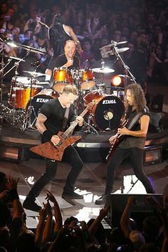 For everything Metallica check out Iomoio Metallica Live, Metallica Black, Pet Shop Boys, Heavy Rock, Heavy Metal, Jason Newsted, Ride The Lightning, Robert Trujillo, Dave Mustaine