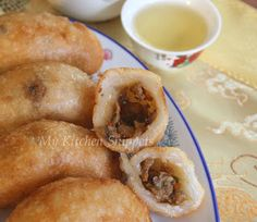 My Kitchen Snippets: Ham Sui Kok/Fried Crescent Dumplings