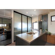 """東京、世田谷、目黒、品川、大田、城南地区の注文住宅・デザイナーズ住宅は東京組。デザイン性、住みやすさ・使いやすさ、コストパフォーマンスにこだわった""""いい家""""を実現します。"""