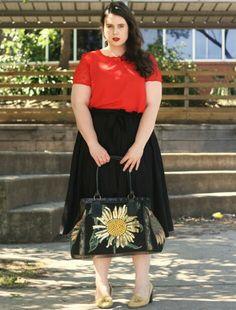 Sunflower. www.thisisashleyrose.com#curves #plusfashion #plusize #style