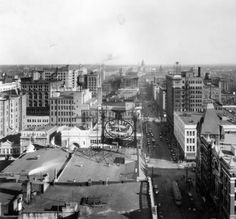 Sixteenth Street shopping district in downtown Denver :: Western History