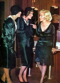 """Tony Curtis as Josephine, Jack Lemmon as Daphne & Marilyn Monroe in """"Some Like It Hot"""" 1959"""