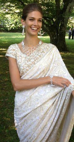 Kendra in a Manav Gangwani http://www.manavgangwani.com/ saree