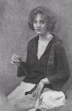 1922 pullover v-neck sweater  1920s vintage by livydarling on Etsy