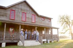 On TV : Junk Gypsies : Decorating the Junk Gypsy Wander Inn : Great American Country