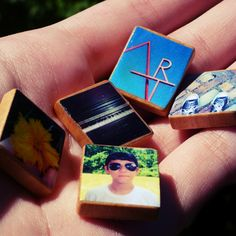 Scrabble tile photo charms - could easily be made into magnets as well Diy Craft Projects, Craft Tutorials, Fun Crafts, Crafts For Kids, Craft Ideas, Paper Crafts, Scrabble Tile Crafts, Scrabble Coasters, Crafty Craft